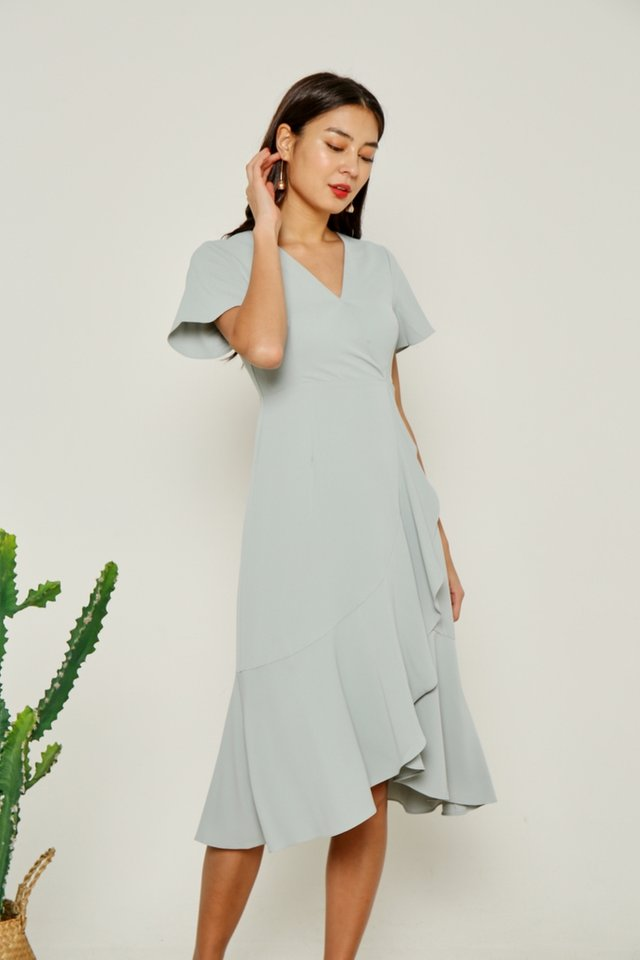 Avalyn Petal Hem Midi Dress in Seafoam