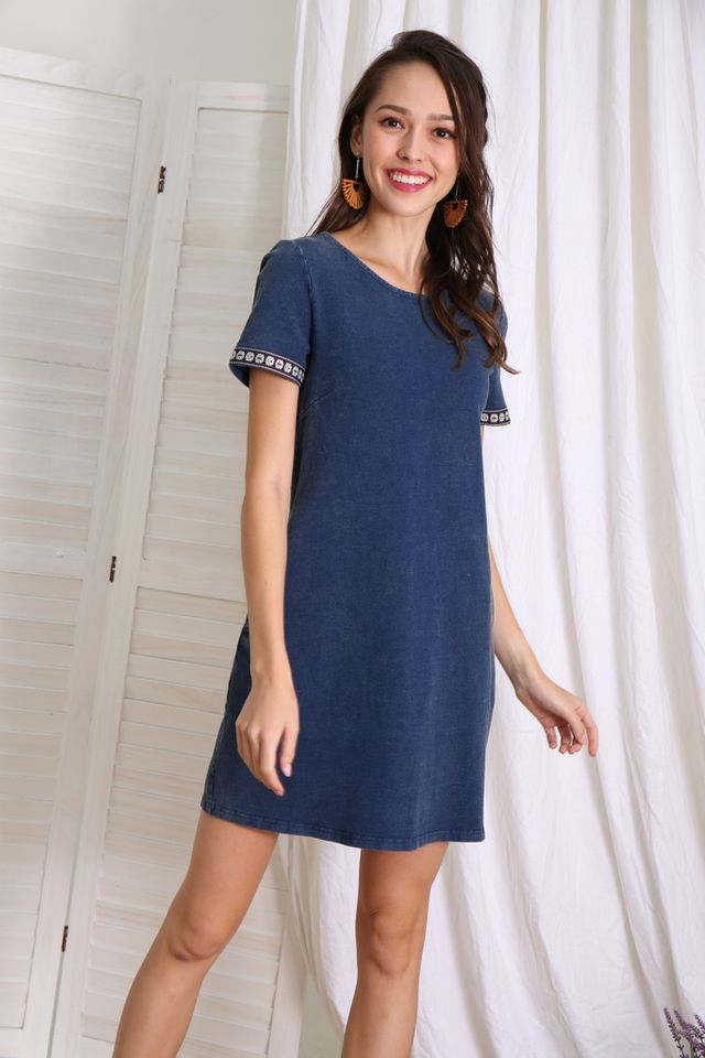 Rachy Tribal Sleeves Shift Dress in Denim