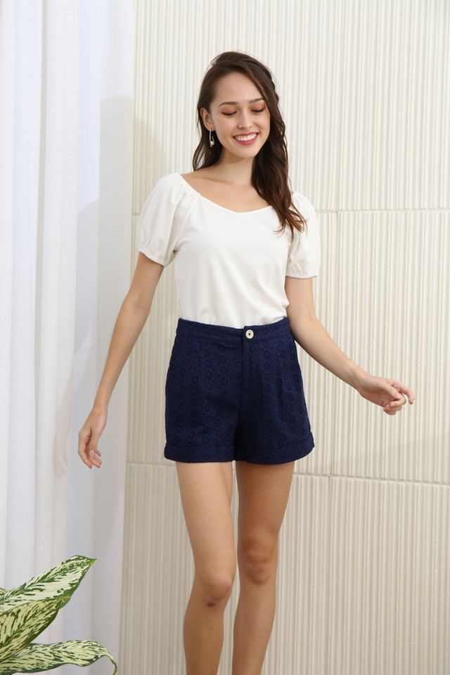 Clarissa Two Way Basic Sleeve Top in White
