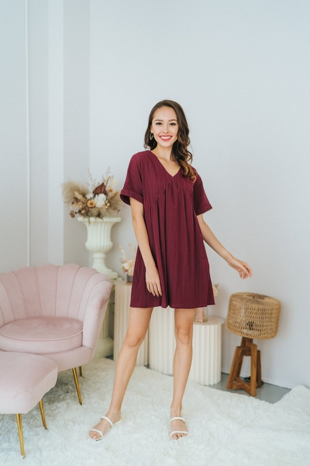 Camille Textured BabyDoll Dress in Wine