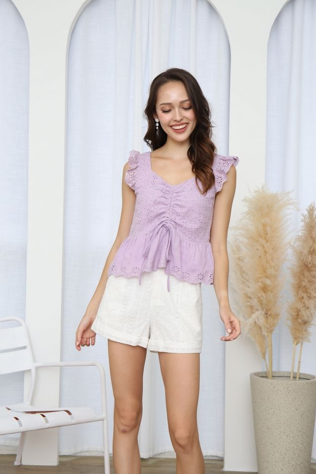 Everley Eyelet Scrunch Top in Lilac