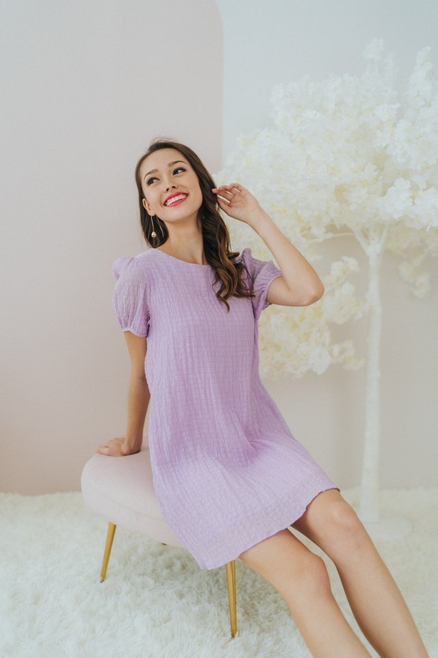 Racheal Textured Puffed Sleeves Dress in Lilac