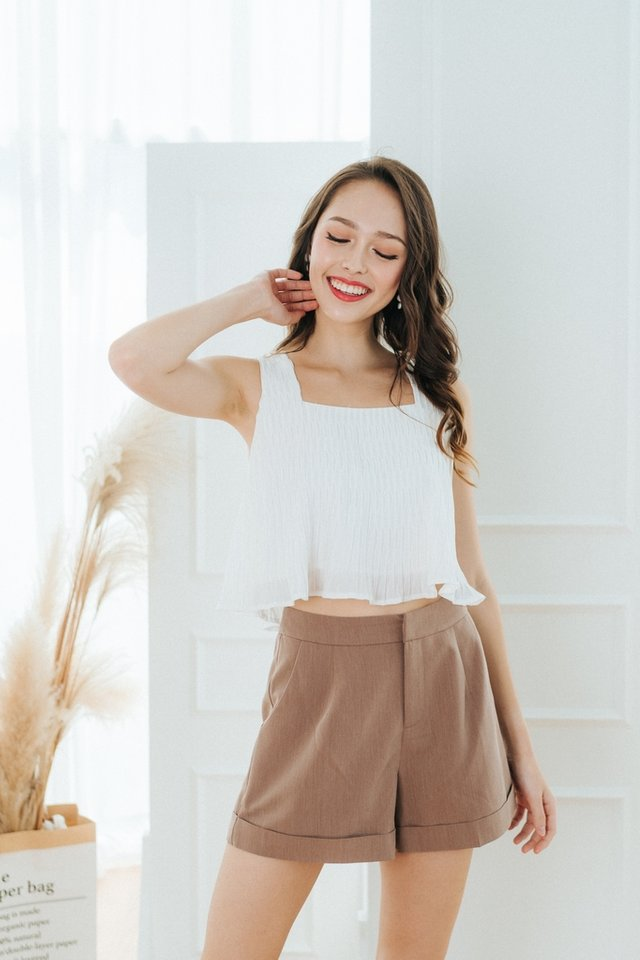 Tessa Pocket Shorts in Taupe