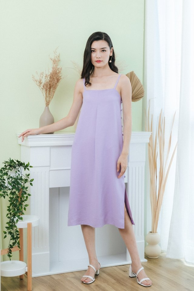 Jacelyn Side Button Midi Dress in Lilac