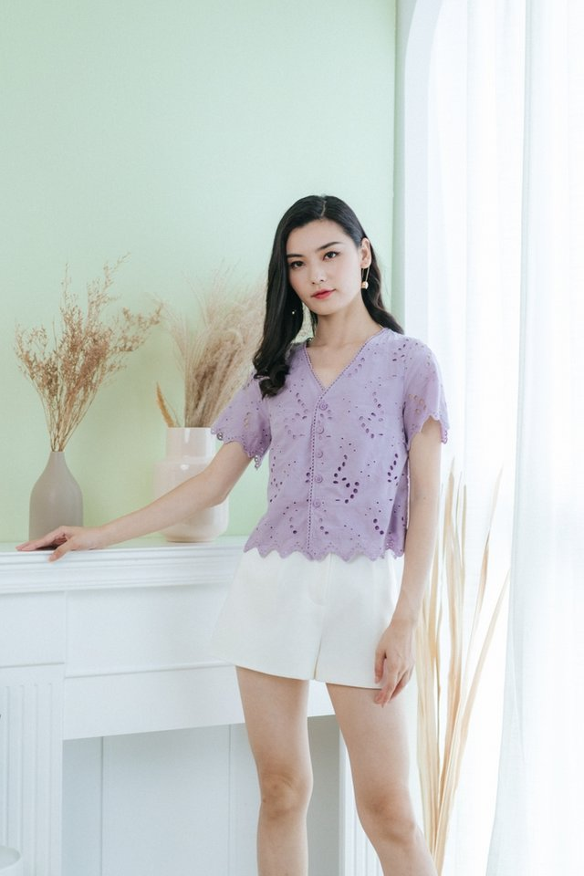 Amelia Eyelet Button Top in Lilac