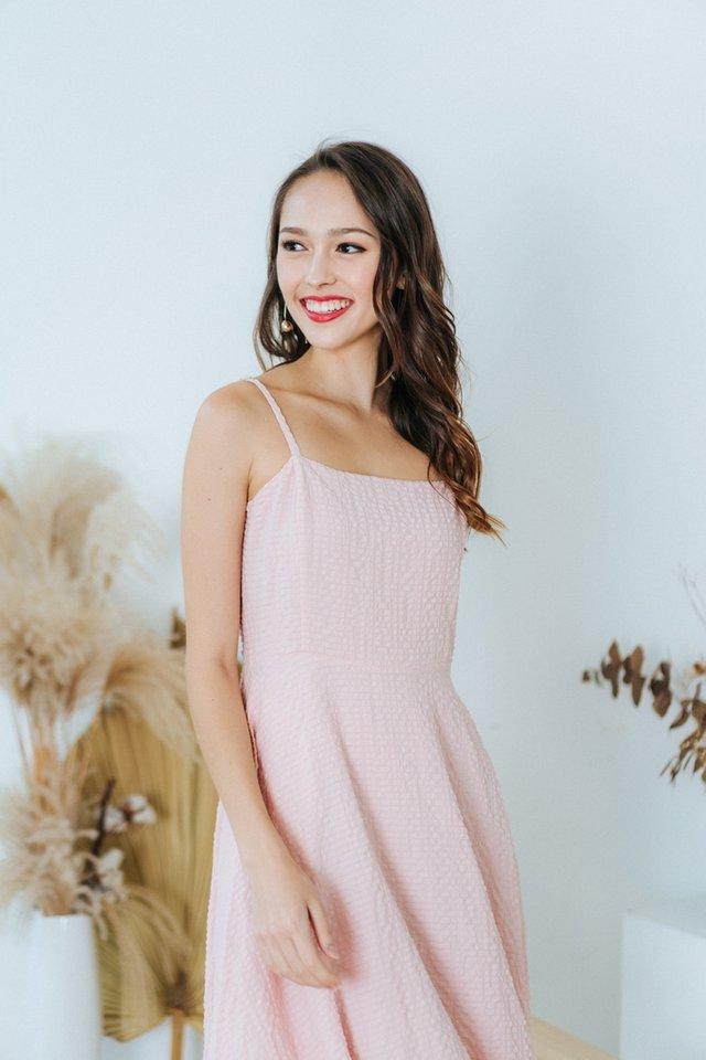 Lidia Textured Flare Midi Dress in Pink (L)