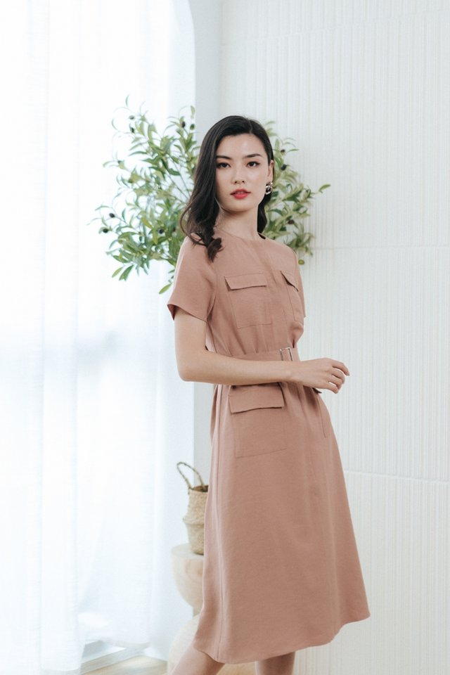 Calla Button Pocket Midi Dress in Mocha
