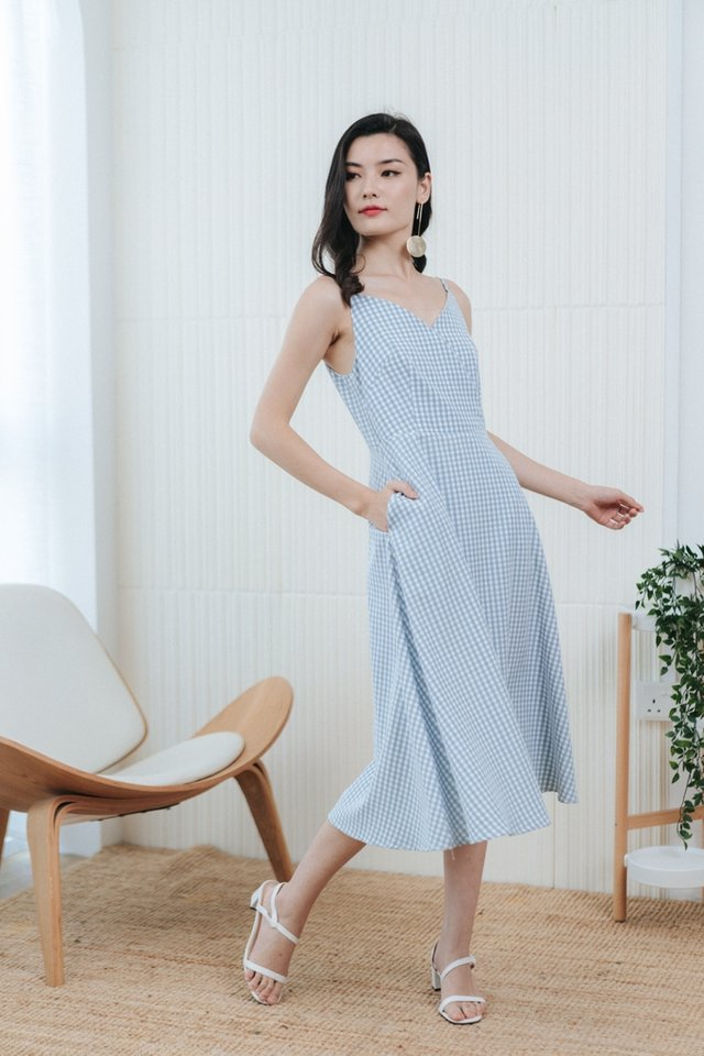 Britta Gingham Midi Dress in Blue