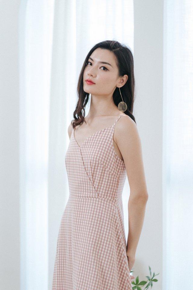 Britta Gingham Midi Dress in Blush