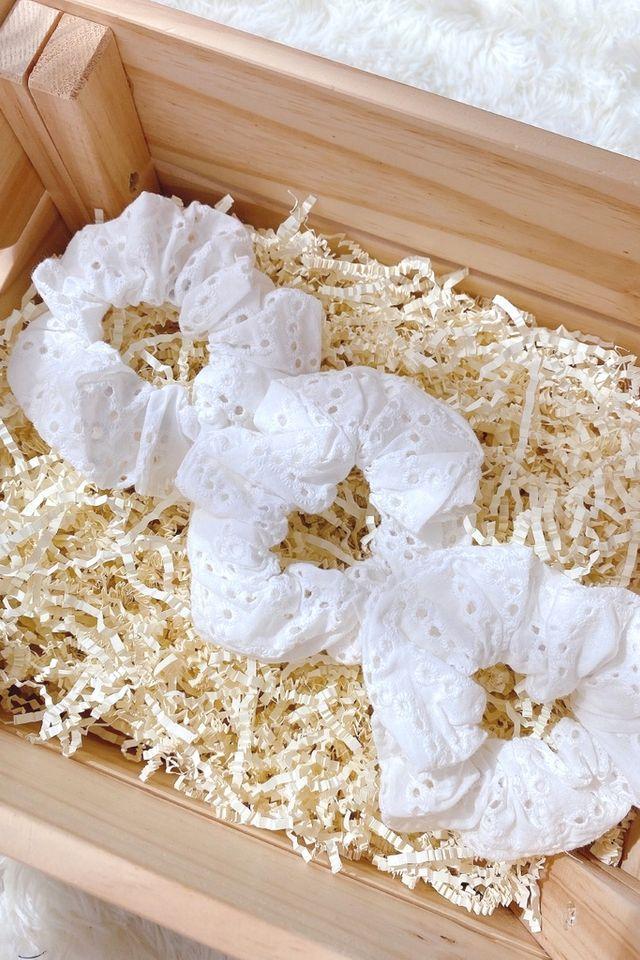 TSW Scrunchie in White Eyelet