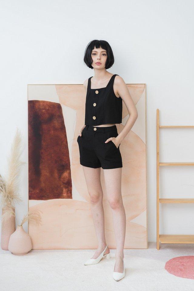Alyson Pocket Shorts in Black