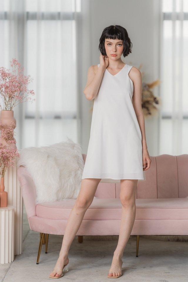 Amber Halter V-Neckline Dress in White