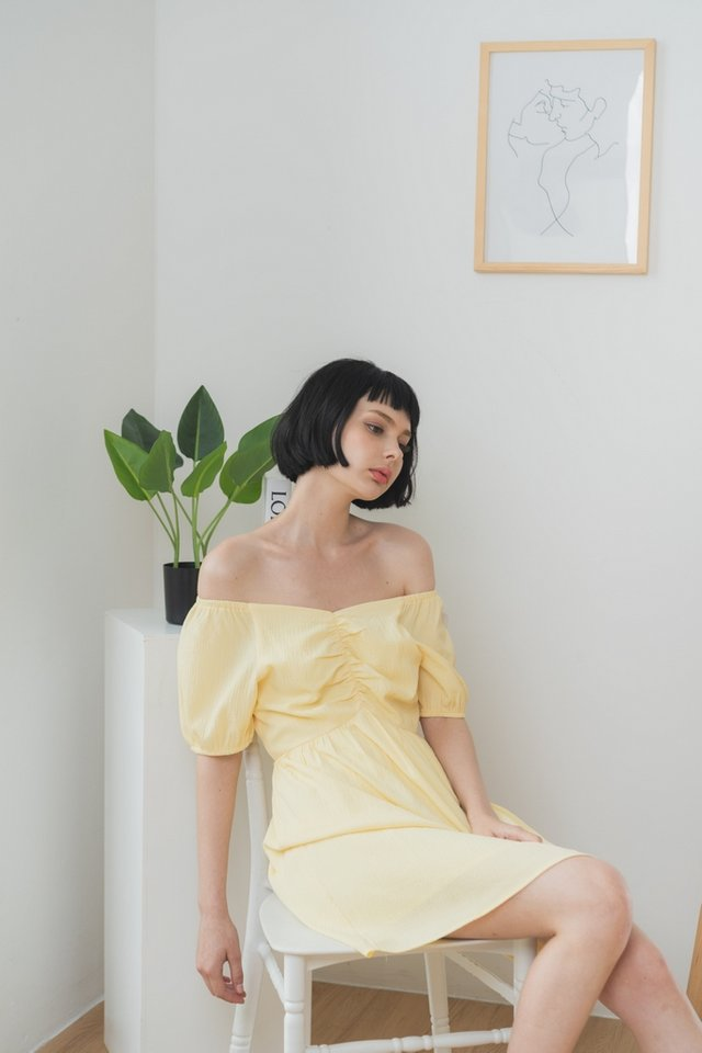 Lavanda Ruched 2-Way Dress in Daffodil Yellow