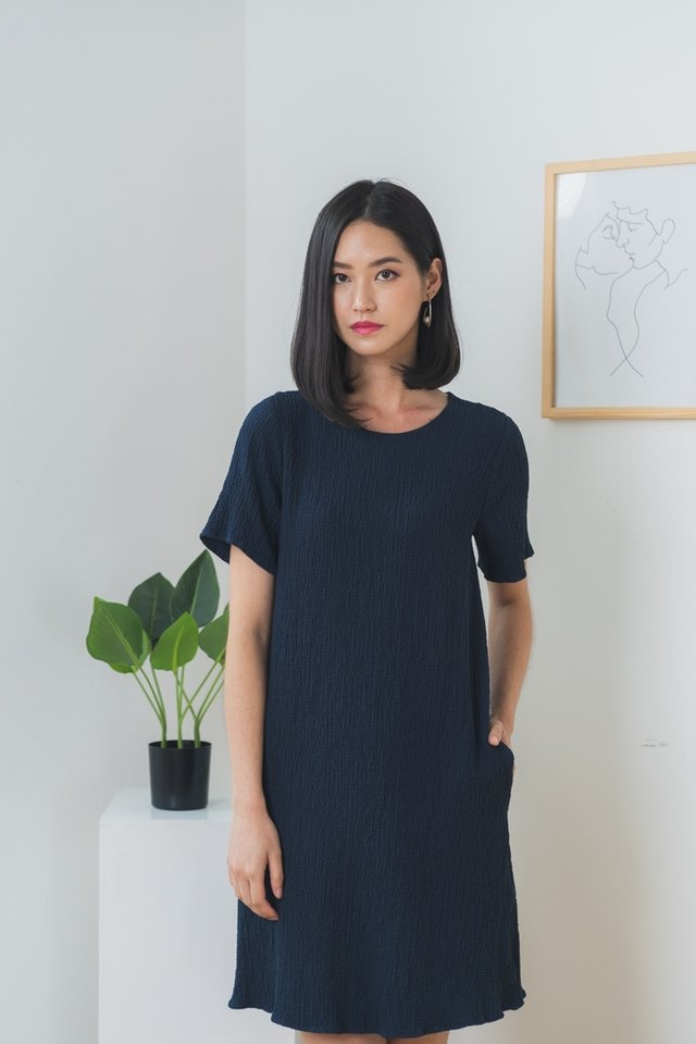 Galiana Textured Shift Dress in Navy