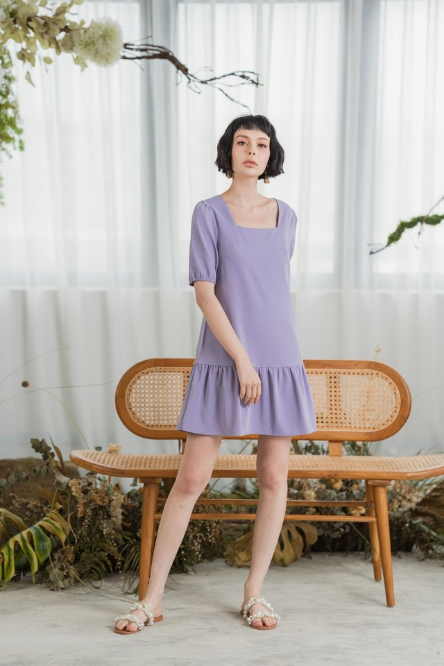 Zenia Puffed Sleeves Dropwaist Dress in Lilac