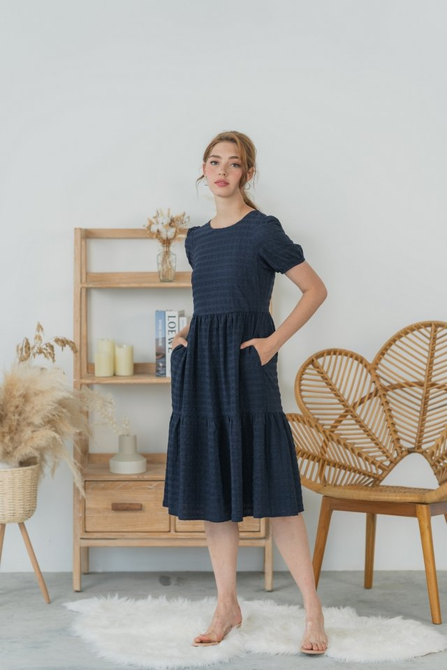 Allyse Textured Babydoll Midi Dress in Navy