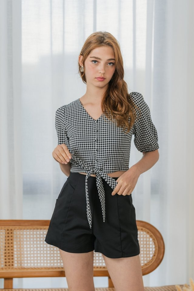 Bethany Textured Gingham Ribbon Top in Black