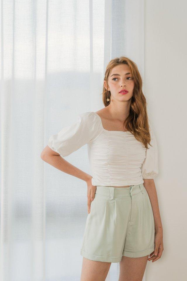 Jerilyn Pocket Shorts in Sage