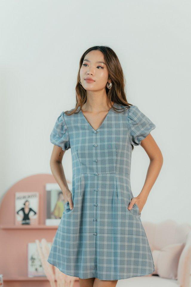 Cherrie Plaid Puffed Sleeves Dress in Navy
