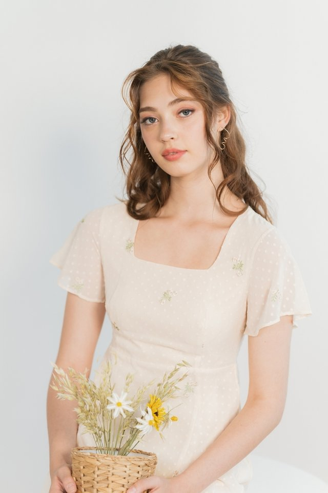 Yeri Swiss Dot Floral Embroidery Tiered Midi Dress in Cream