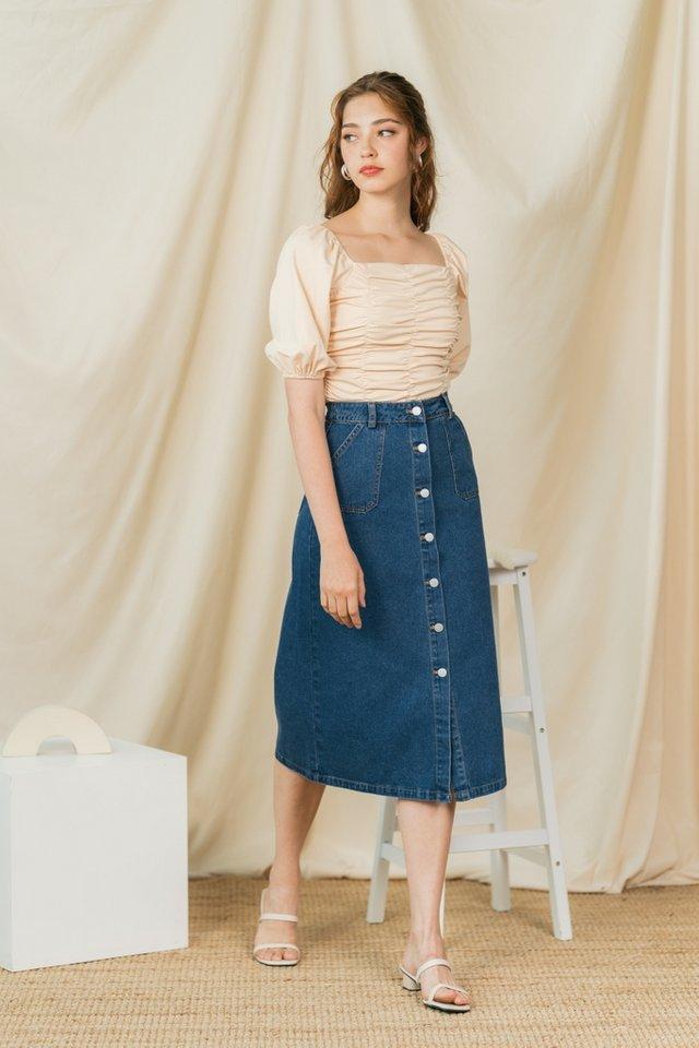 Janae Pocket Denim Midi Skirt in Mid Wash