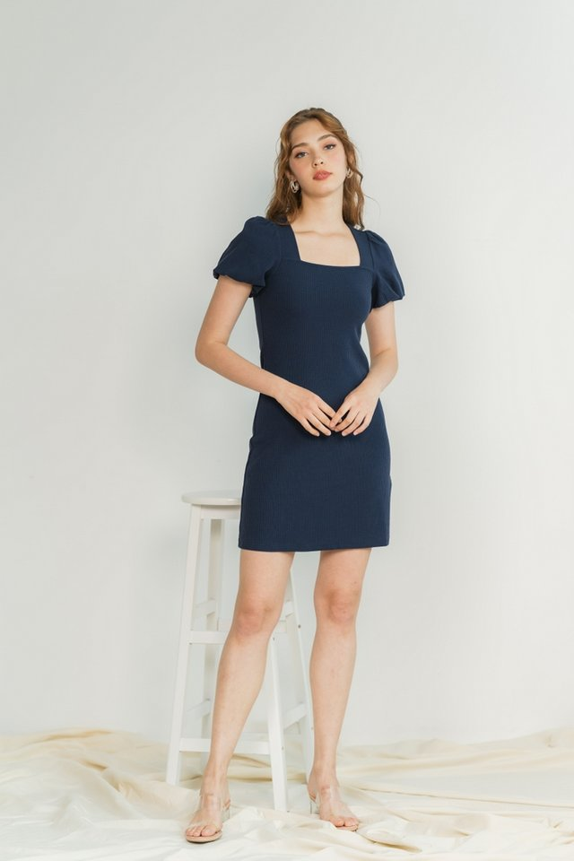 Janelia Ribbed Puffed Sleeves Dress in Navy