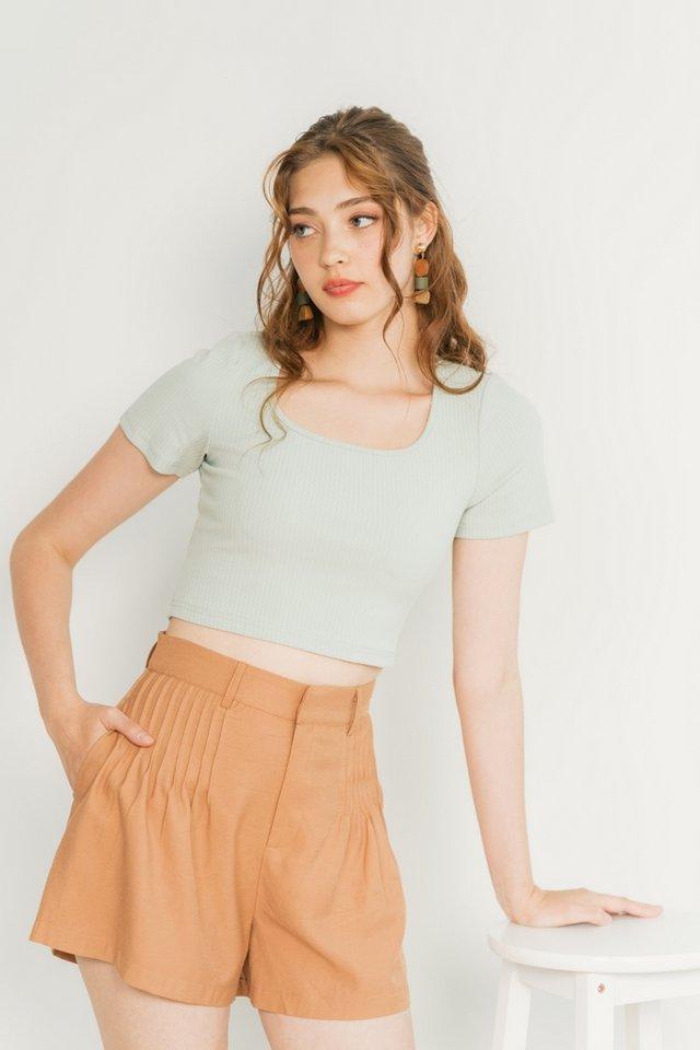 Freda Pleated High Waist Shorts in Caramel