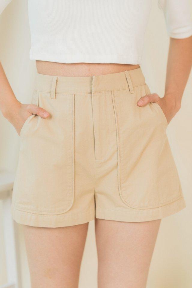 Janessa Pocket Shorts in Sand
