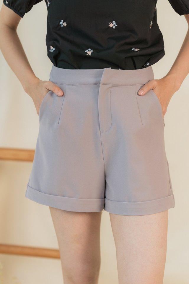 Josie Pocket Shorts in Dusty Grey