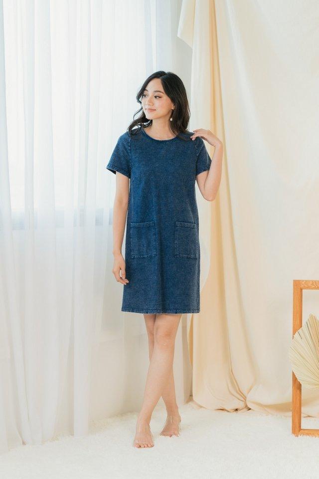 Eleanor Pocket Denim Dress in Dark Wash