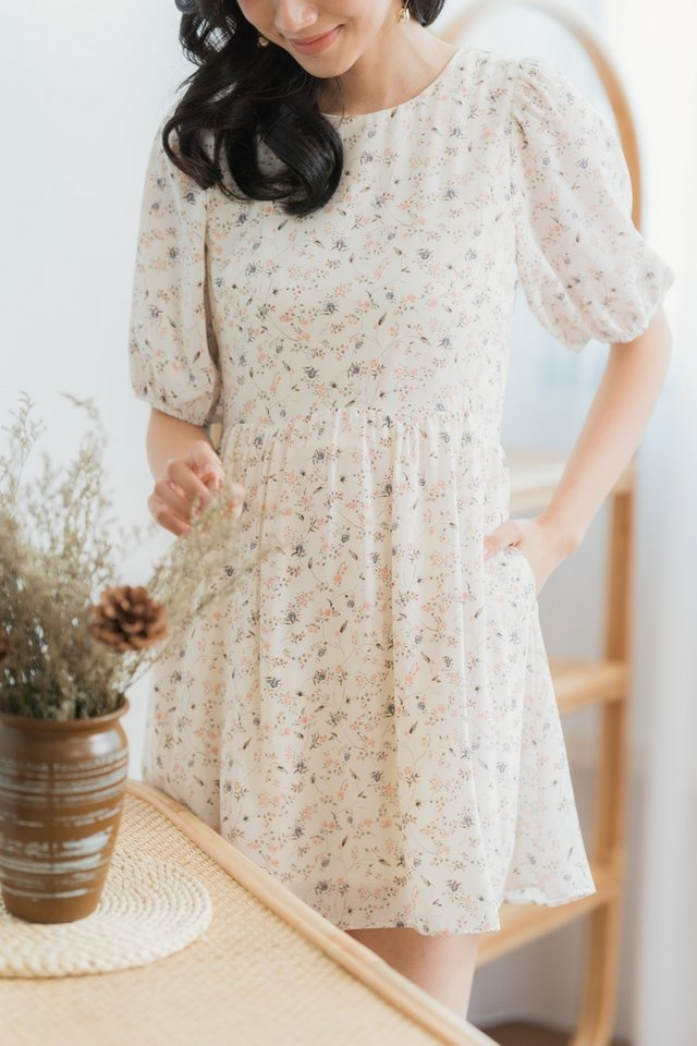 Jamie Floral Scallop Babydoll Dress in White