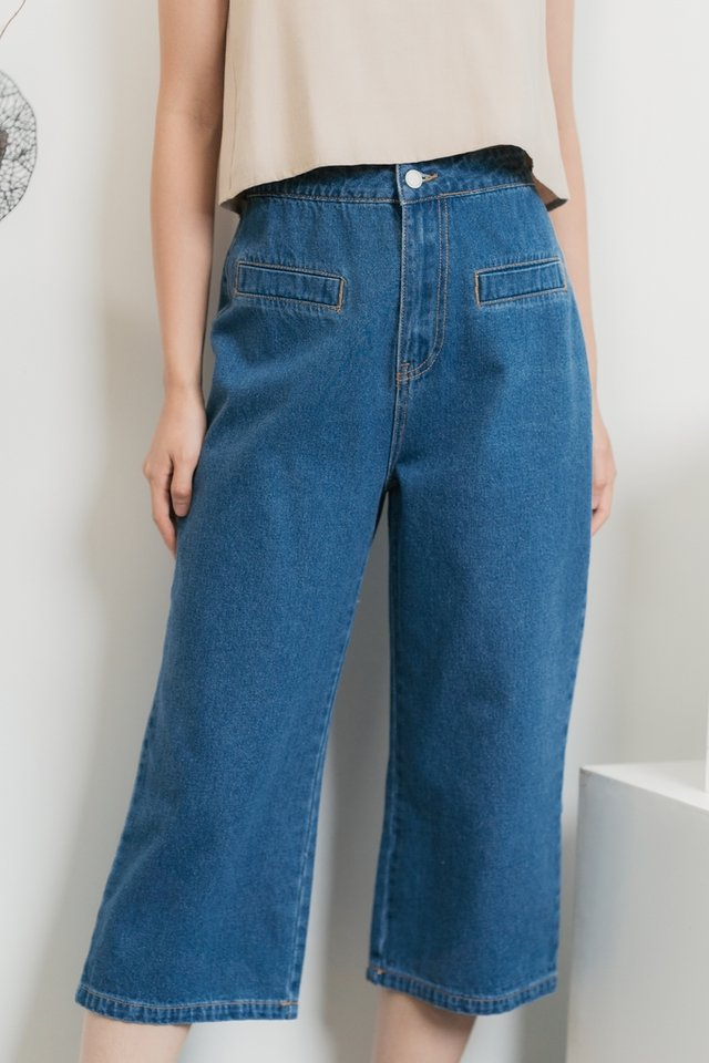 Leraine Denim Pocket Culottes in Mid-Wash