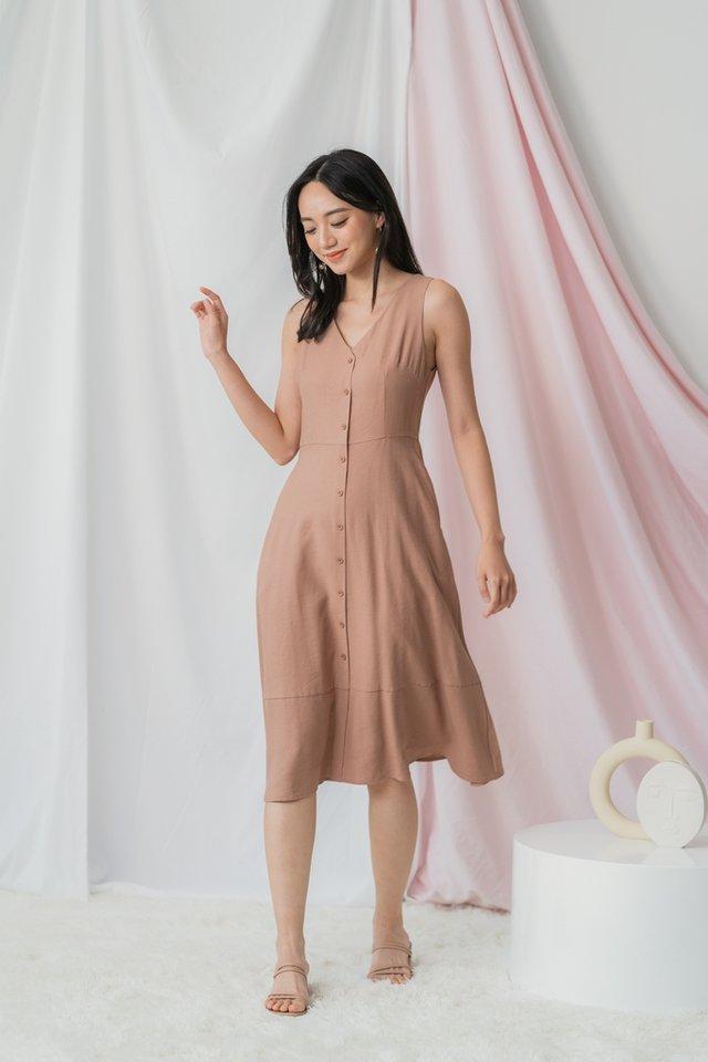 Gwyn Button Midi Dress in Mocha